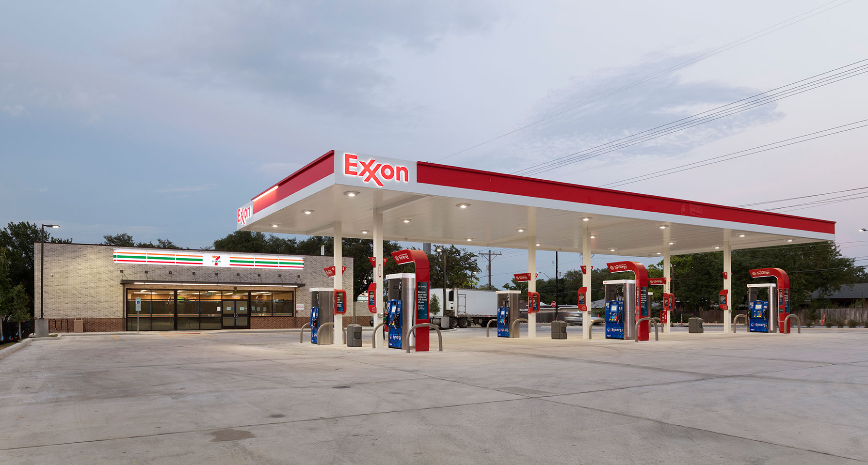 Ground-up construction of a 3,062-square-foot 7-Eleven convenience store with gas station at 12011 West Ave. in San Antonio, Texas.