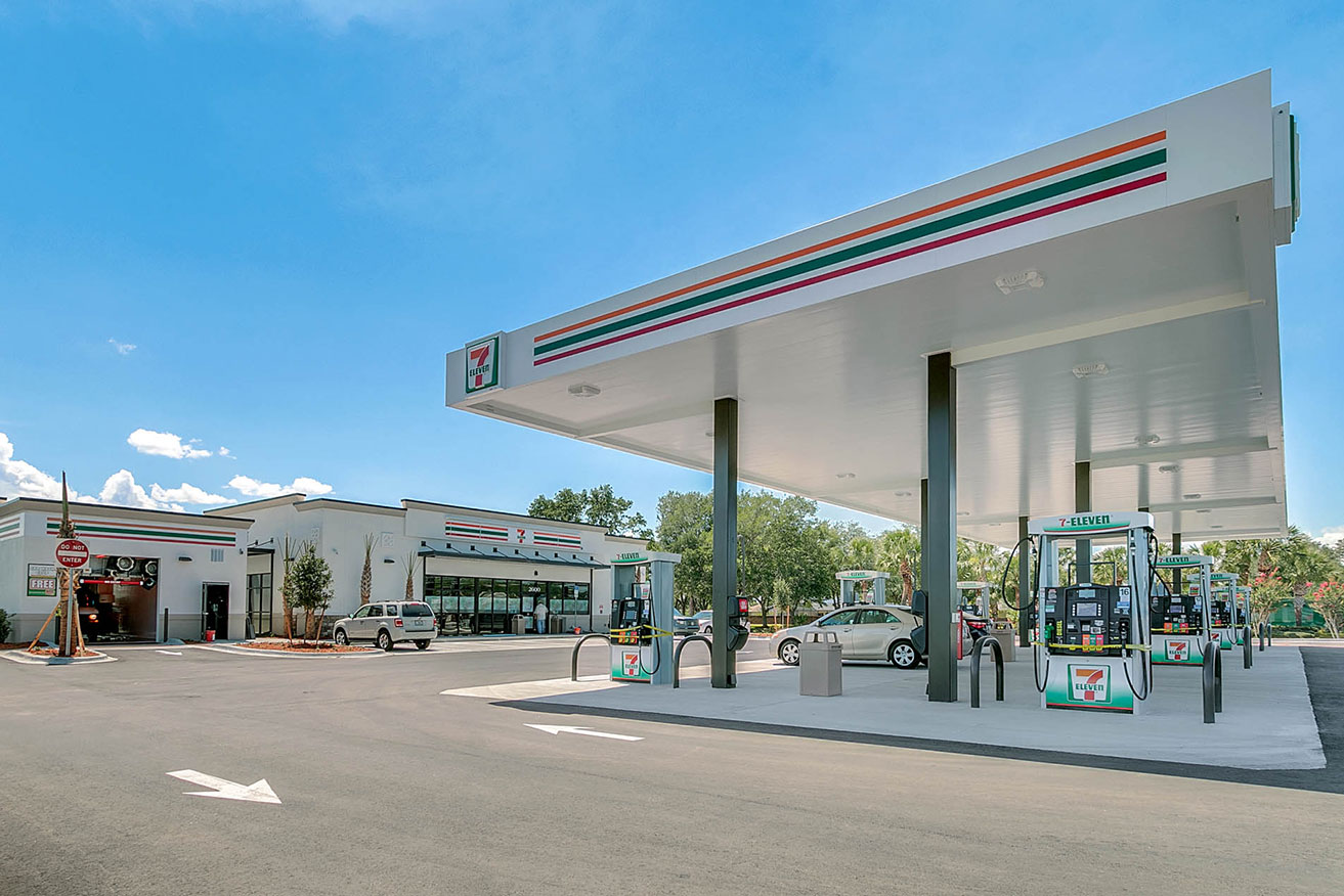Ground up construction of a 3,000-square-foot 7 Eleven convenience store with fuel and a car wash at 2600 S. Poinciana Blvd. in Kissimmee.