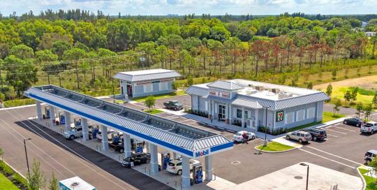 7-Eleven on Pine Island, Florida